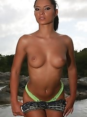 Sexy euro babe Lucy Belle gets naked and shwo us her firm tits and shaved pussy by the river
