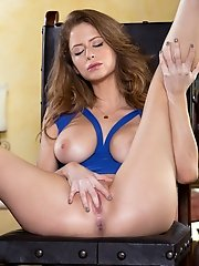 Emily Addison exposes her luscious breasts and jiggles them